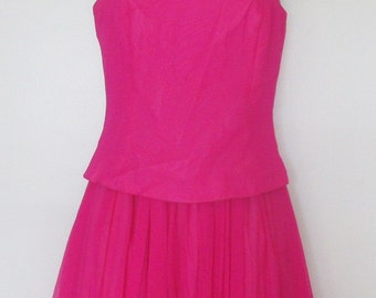 REDUCED!! SUSANNA Beverly Hills silk two piece fuschia dress size small absolutely Gorgeous Must see size 4