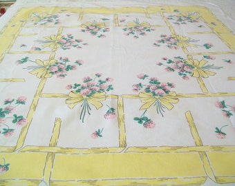 SALE - Midcentury Linen Tablecloth, Yellow, Floral, 1950s, kitchen