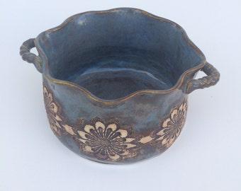 Blue Lace Stoneware Small Casserole Dish