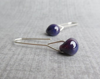 Modern Aubergine Earrings, Purple Minimalist Earrings, Modern Dangle Earrings, Purple Earrings, Glass Earrings Lampwork, Silver Earrings