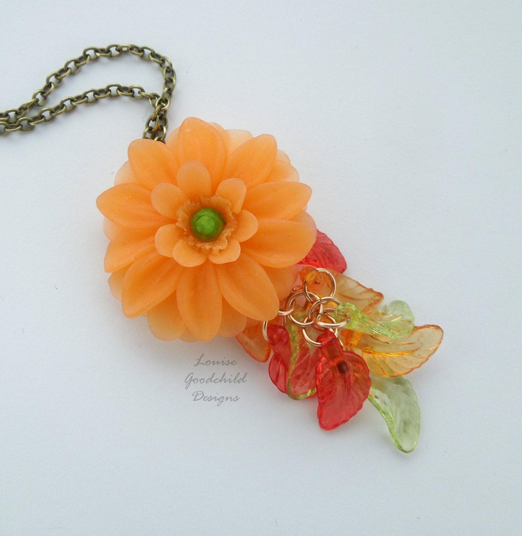 Gerbera necklace flower necklace daisy pendant daisy