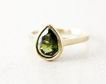 Gold Green Tourmaline Teardrop Ring - 10kt Yellow Gold - Olive Green