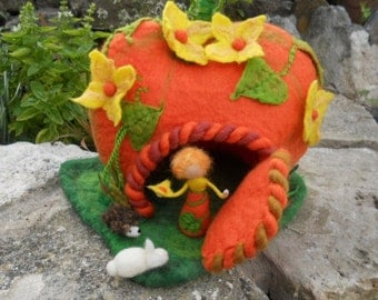 Felt Pumpkin House, Felt Pumpkin Fairy, Felt play house,Felt Play Mat, Felt Play Scape, Waldorf, Nature Table, white rabbit, hedgehog,