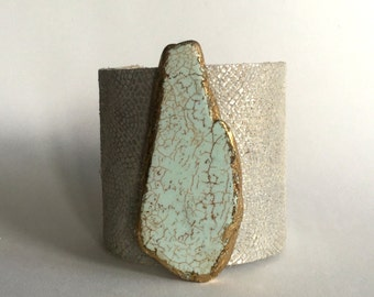 """textured metallic paisley leather cuff bracelet with gilde magnesite slice - 2.5"""" wide cuff"""