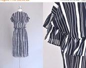 45% OFF SALE.... vintage 1970s grecian dress • maxi dress • 70s black and white dress • 70s chiffon dress