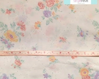 Full Vintage Fitted Sheet with Pretty Pastel Floral
