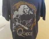 Queen navy blue used good condition vintage rock tee shirt size XL
