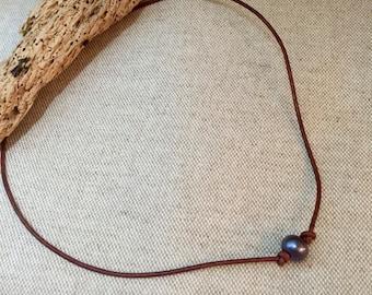 Single Black Pearl Leather Necklace Minimalist Necklace Bohemian Simple everyday Sundance Necklace
