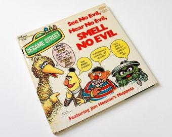 Vintage 1970s Childrens Book / Sesame Street See No Evil, Hear No Evil, Smell No Evil 1976 Hc / Golden Fragrance Book