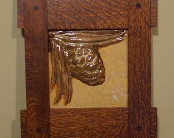 Arts & Crafts Pinecone tile with Missin Oak frame