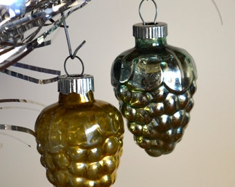 Vintage Shiny Brite Christmas Berry Ornaments Set of Two