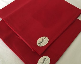 """2 Wilendure NAPKINS solid RED 17"""" sq sticker label vntg NEW"""