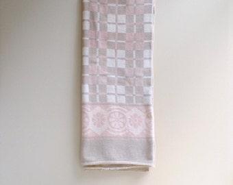 Vintage Beacon Blanket / Cotton Reversible Blanket in Pastel Pink