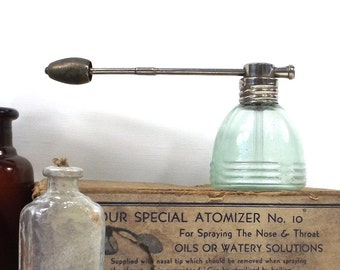 vintage 40s medical atomizer nasal nose throat medicine supplies supply green glass bottle metal home decor decorative industrial antique