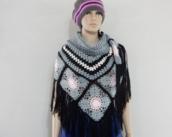 Crochet shawl in afghant style