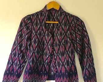ON SALE vintage.  70s Handmade IKAT Batik Jacket Top • Cotton Ethnic Jacket • Purple Blue Top