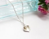 Calla Lily Necklace Bridesmaid Gift Wedding Jewelry Set Of 5 Lily Pearl Necklace Flower Petal In Silver, Custom Birthstone Necklace