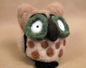 Owl needle felted friend