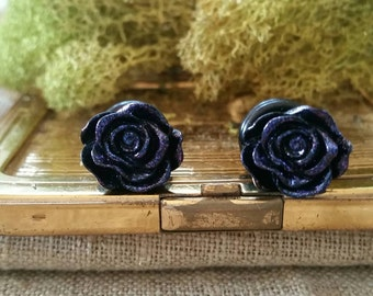 Flower Plugs, Wedding Gauges, Black Roses