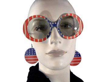 Vintage 1970s Stars and Stripes Novelty Flag Sunglasses with Chains and Circle Discs Earrings / Spirit of '76 Sun Glasses