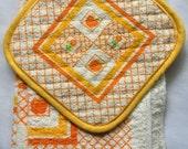 VINTAGE 3 Piece Orange Terry Kitchen Dish Towel / Dish Cloth / Pot Holder Set - Unused