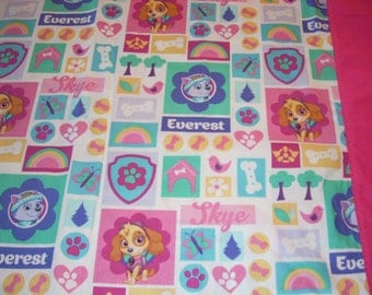 Paw Patrol with Skye, Everest - white - Pillowcase with pink trim  - Fits Standard and Queen size pillows