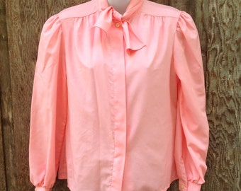 Vintage Ladies Salmon Pink Blouse // 70s Style // Small // 146
