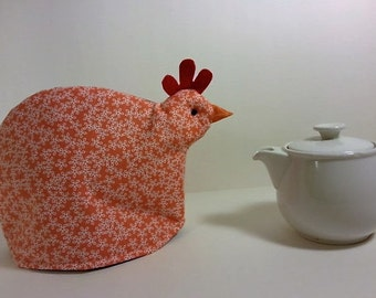 Chicken tea cozy: salmon and white flowers