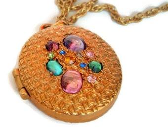 Mod Vintage ,Gold Tone,Colorful Oval,Locket Necklace, Photo Locket, Groovy necklace, Locket Jewelry,vintage locket
