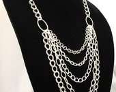 Ovals and Chains Necklace in Silver