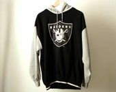vintage RAIDERS football NFL starter brand HOODIE sweatshirt silver and black size large