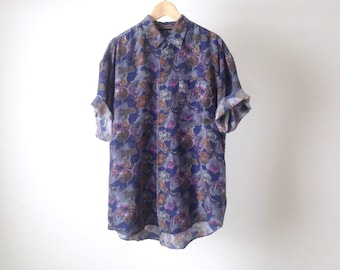 VERSACE style men's silk PAISLEY style ABSTRACT 90s short sleeve button up shirt pastel purple short sleeve vintage button up down shirt