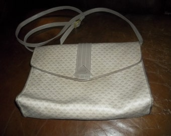 LIZ CLAIBORNE: Vintage Grey/Taupe LATE 80's Shoulder Bag/ Crossbody.    Vintage Fabulous!