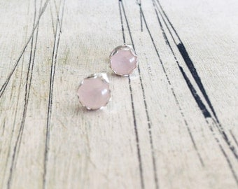 Rose quartz earrings, filigree stud earrings, sterling silver stud earrings, gemstone studs,pale pink silver earrings, round silver earrings