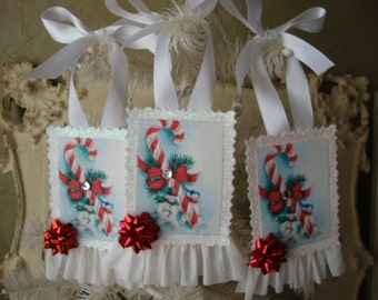 Retro Snowman gift tag ornaments vintage style glittered Christmas paper ornaments tags Christmas gifts red and white retro christmas decor