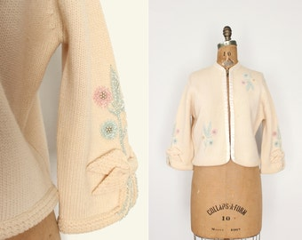 1960s wool beaded cardigan - 60s beaded sweater - cream virgin wool - floral - hand loomed