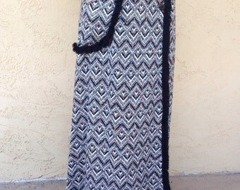 Zig Zag Fabuloso 1970s wool wraparound  skirt womens size small