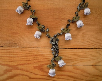 crochet flower necklace, green grey gray tulip