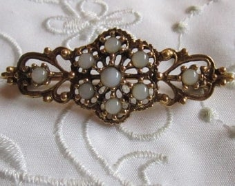 Vintage Victorian Style Brooch with Faux Glass Opals