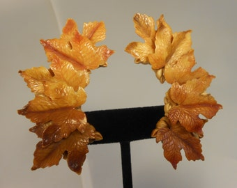 Falls Foliage - Vintage 1950s Golden Tones of Foliage Maple Leaf  Clip on Earrings