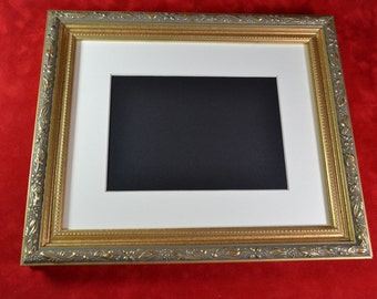 Antique Gold Picture Frame - 8 x 10 Ornate Photo Frame - Wood Picture Frame