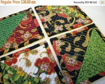 CIJ SALE Quilted Christmas Coasters Holly Jolly Reversible Set of 4 Quiltsy Handmade FREE U.S. Shipping