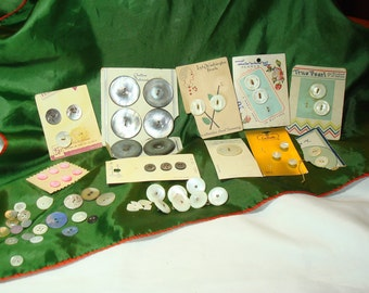 1940s 1950s 1960s Mother of Pearl Abalone Shell group of Buttons.