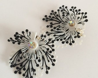 Germany Feather Plastic Rockabilly Clip Earrings Flowers Black and White