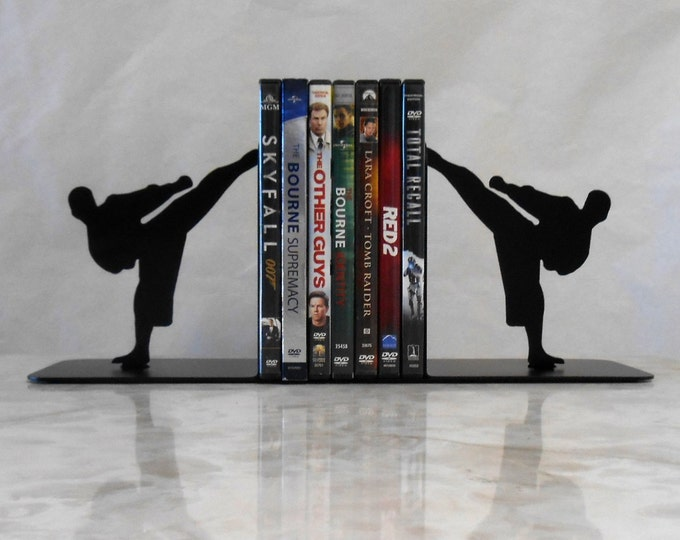 Karate Martial Arts Taekwondo Metal Art Bookends