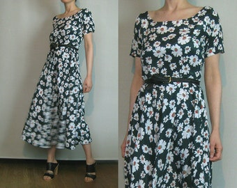 90s FOREST GREEN FLORAL Vintage Daisy Print Sage Red White Daisies Scoop Neck Short Sleeve Midi Dress xs Small 1990s