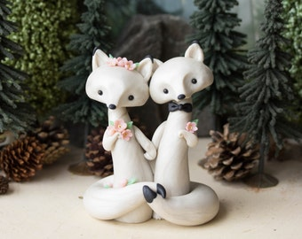 Arctic Fox Wedding - White Wedding Cake Topper - Spring Wedding by Bonjour Poupette