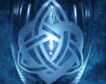 Trinity Knot Heart Glass