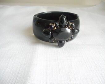 Vintage Black Plastic Hinged Flower Cuff Bracelet