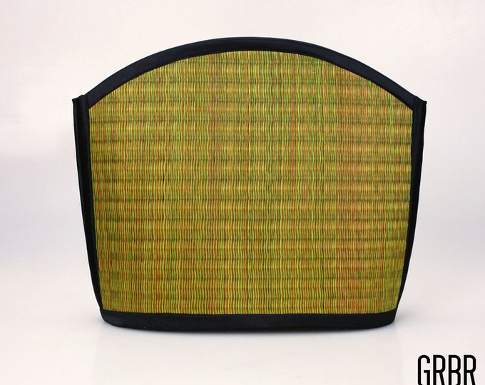 Handmade green red shoulder bag purse woven grass not bamboo large clam shape  over the shoulder GRBR
